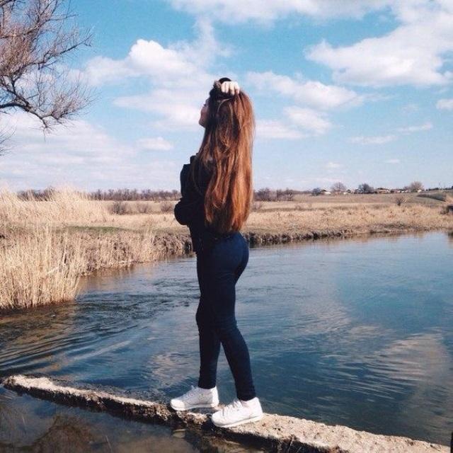 Классные картинки для девушек со спины на аватарку003