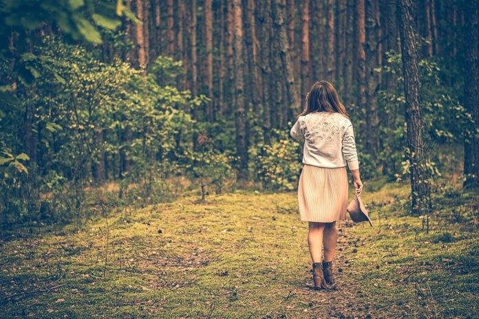 Классные картинки для девушек со спины на аватарку004