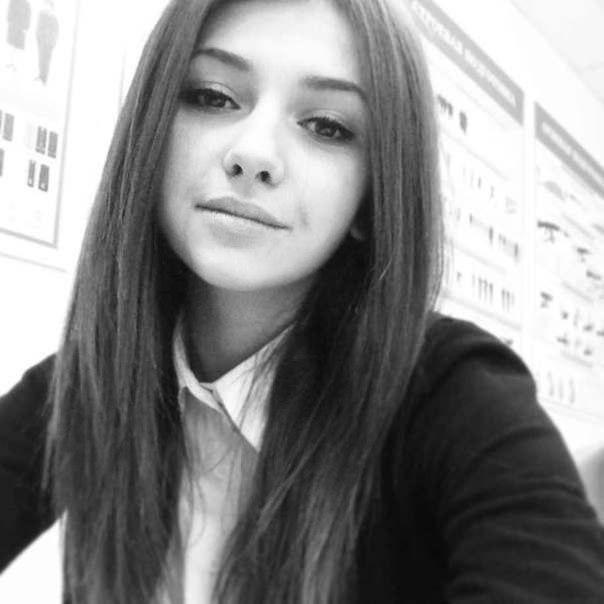 Классные фотки одной и тоже девушке на аву 16 лет (20)