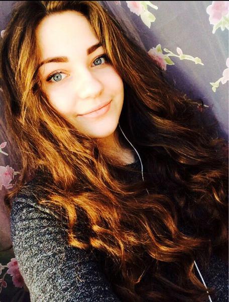 Классные фотки одной и тоже девушке на аву 16 лет (26)