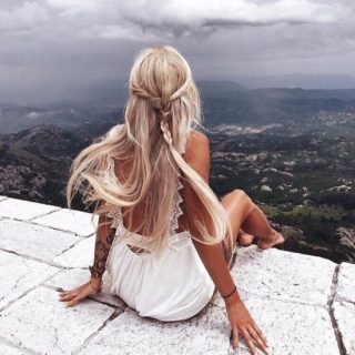 Красивое фото на аватарку для девушек блондинок003