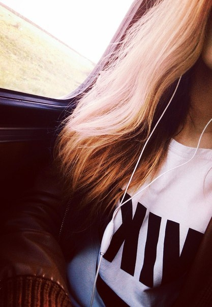 Красивое фото на аватарку для девушек блондинок012