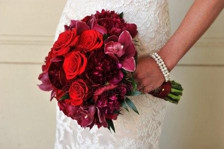 Красивое фото на аву для девушки с цветами003