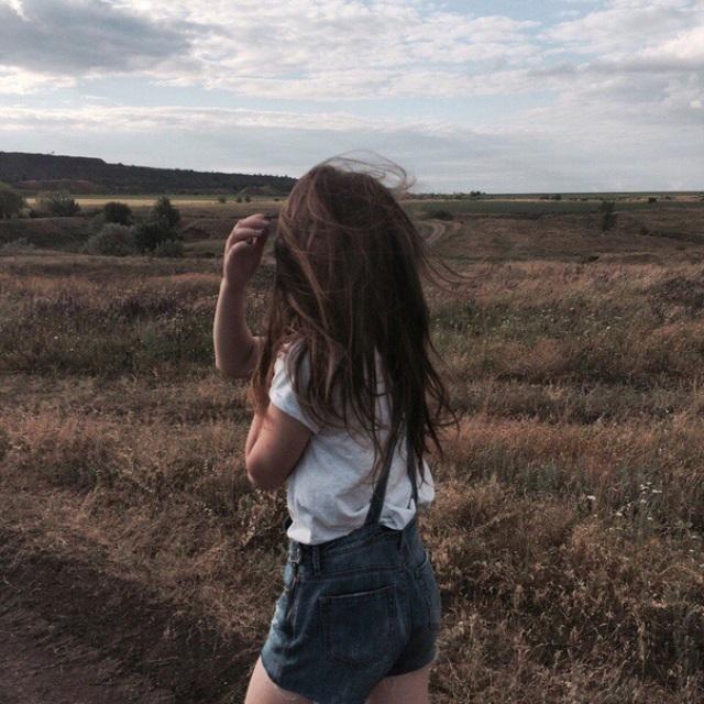 Красивые девушки картинки на аватарку со спины014