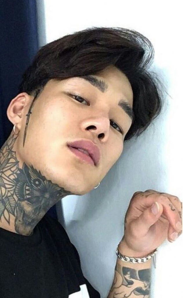 Красивые и горячие корейские парни фото012
