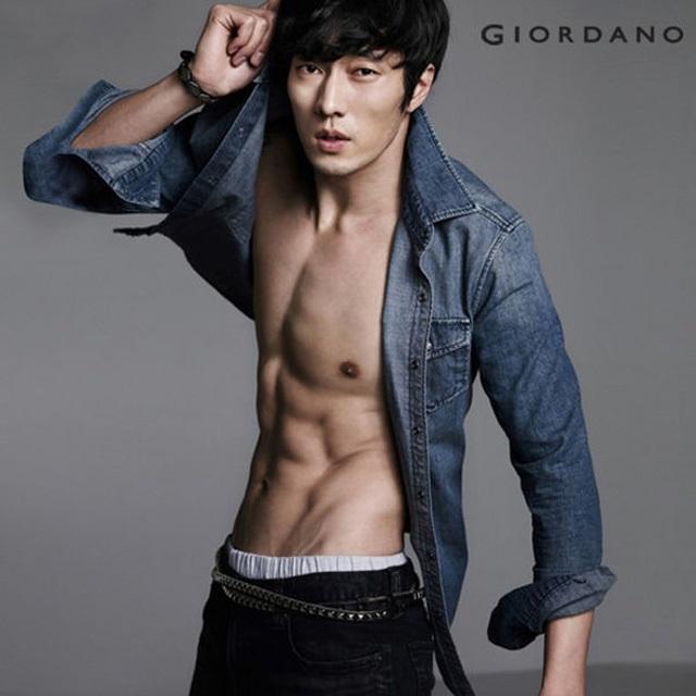 Красивые и горячие корейские парни фото021