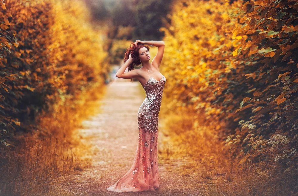Красивые фото девушек в осеннем лесу - подборка (11)