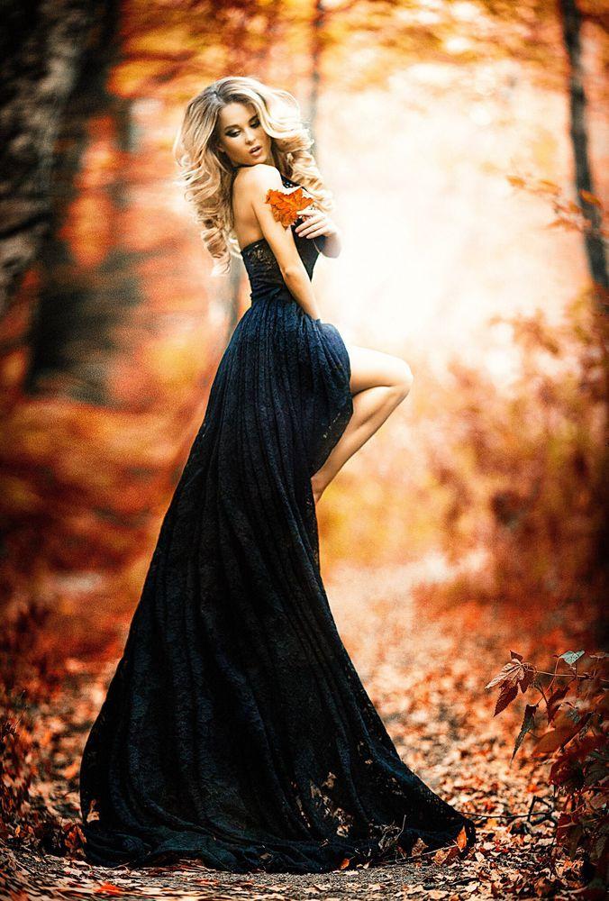 Красивые фото девушек в осеннем лесу - подборка (12)