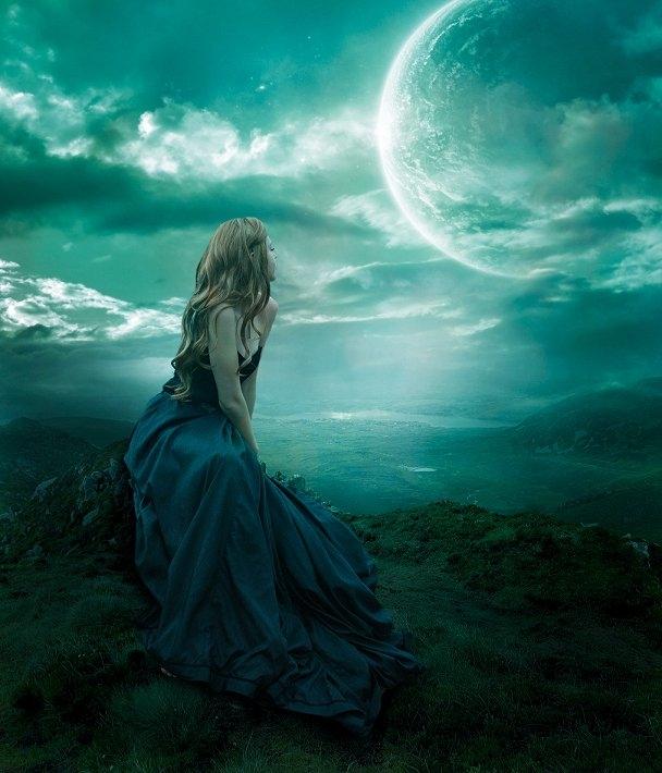 Красивые фото девушка на фоне луны001