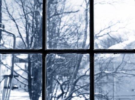 Красивые фото зимнего вида из окна013