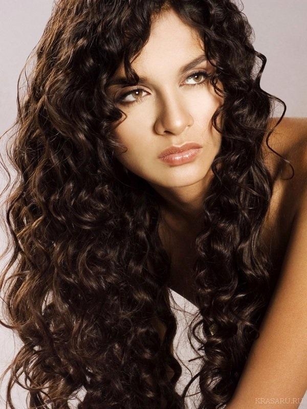 Красивые фото кудрявые черные волосы022