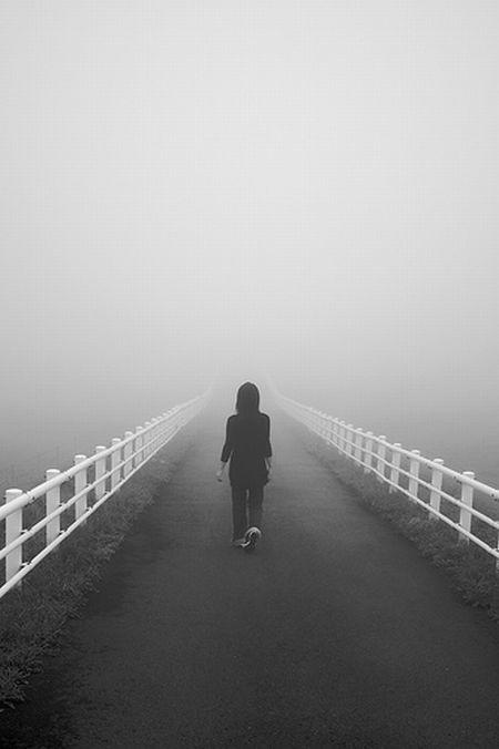 Красивые черно-белые рисунки про грусть003