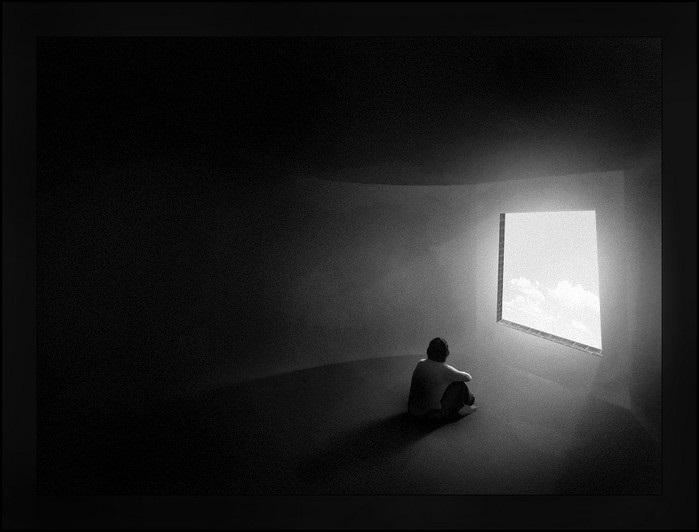 Красивые черно-белые рисунки про грусть009