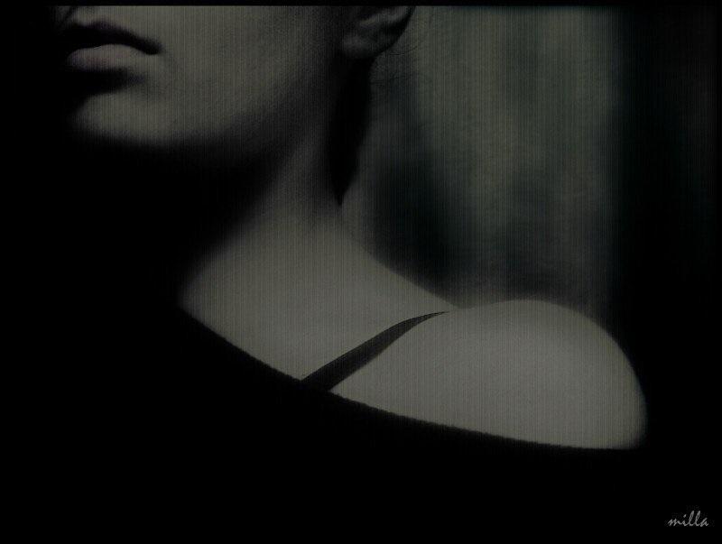 Красивые черно-белые рисунки про грусть022
