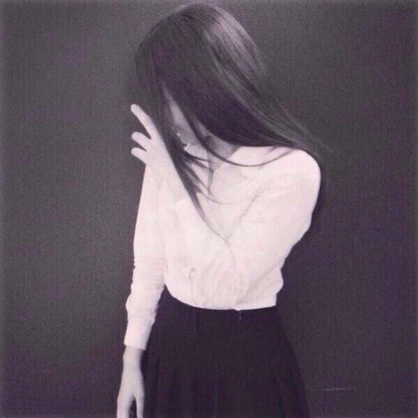 Красивыке картинки на аву девушек с черными волосами без лица (14)