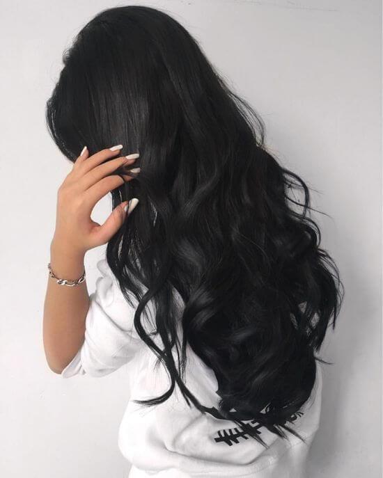 Красивыке картинки на аву девушек с черными волосами без лица (17)
