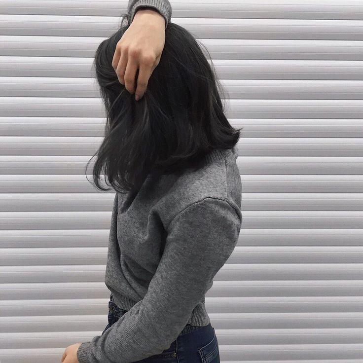 Красивыке картинки на аву девушек с черными волосами без лица (30)
