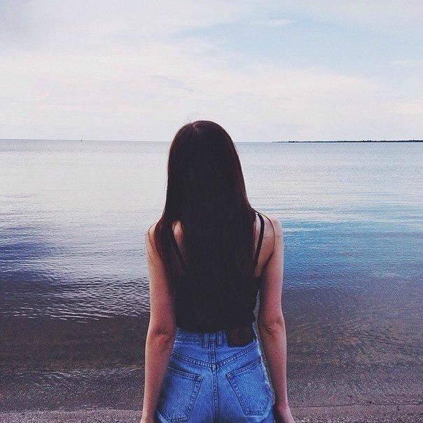 Красивыке картинки на аву девушек с черными волосами без лица (31)