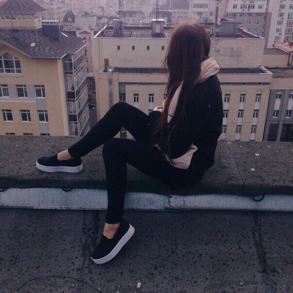 Красивыке картинки на аву девушек с черными волосами без лица (33)