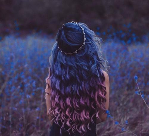 Крутые картинки для девушек на аву со спины020