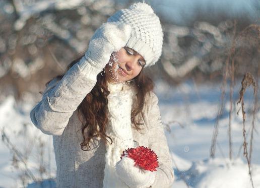 Лучшие позы для фотосессии зимой на улице - 35 фото (12)