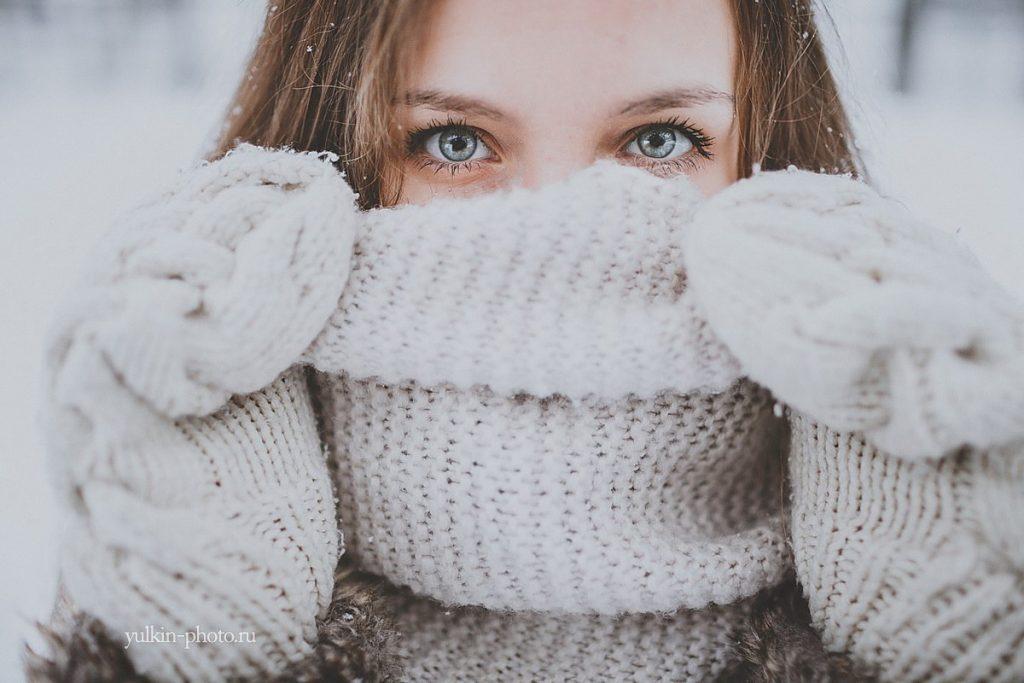 Лучшие позы для фотосессии зимой на улице - 35 фото (27)