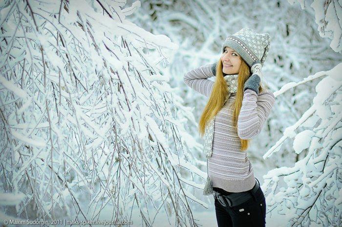 Лучшие позы для фотосессии зимой на улице - 35 фото (6)