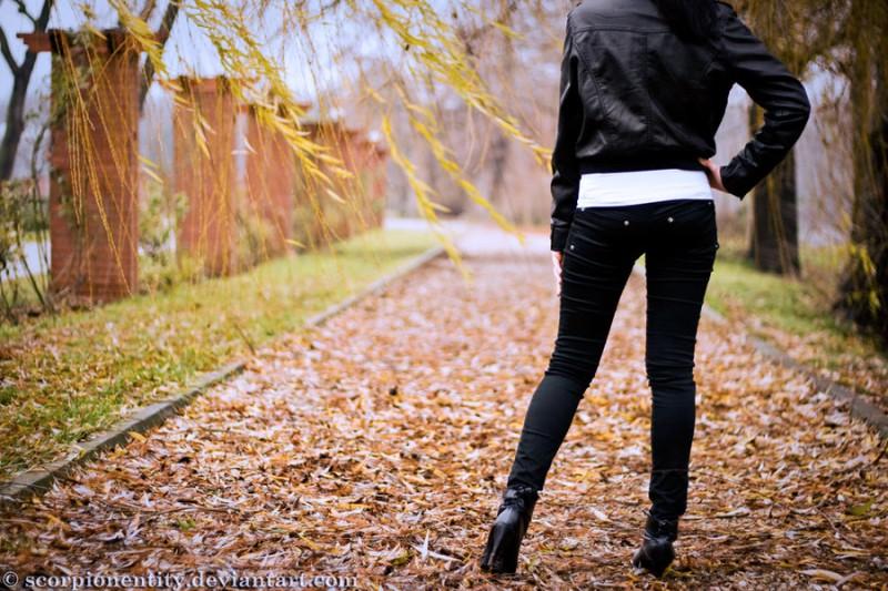 Лучшие фото на аву девушек со спины осень на аву (19)