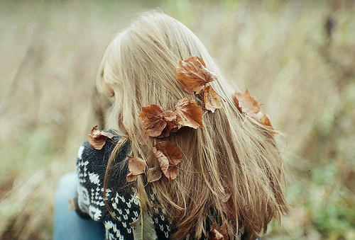 Картинки осень и девушка со спины блондинка, франции