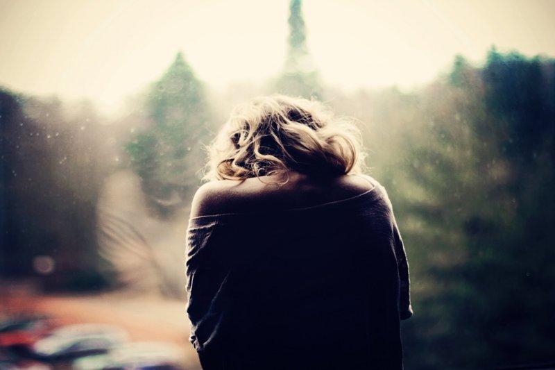 Лучшие фото на аву девушек со спины осень на аву (7)