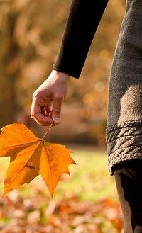 Лучшие фото на аву девушек со спины осень на аву (8)