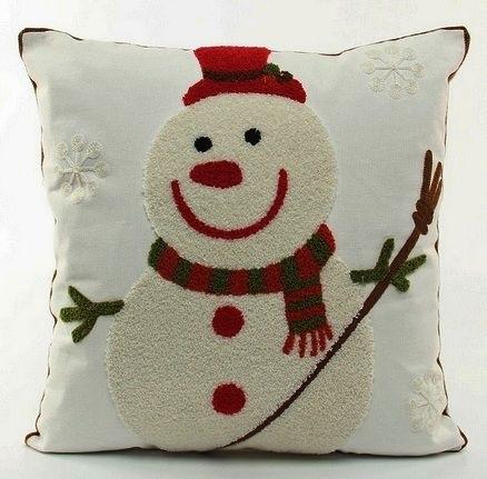 Новогодние наволочки на подушки своими руками020