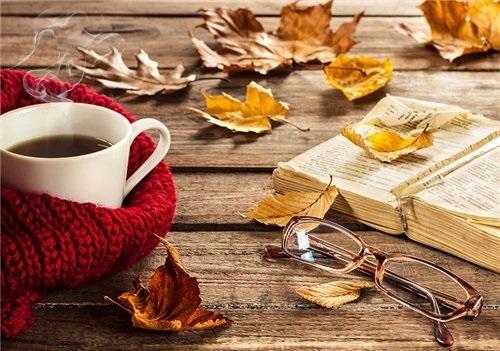 Осенние листья и кофе картинки красивые и милые004