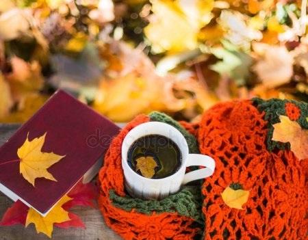 Осенние листья и кофе картинки красивые и милые012