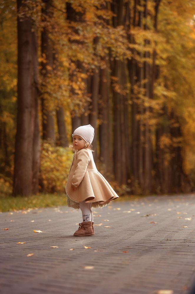 Осенняя семейная фотосессия на природе - фото идеи (11)