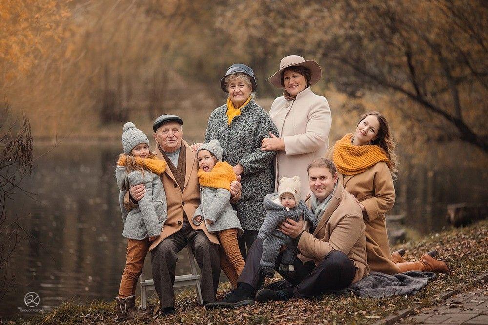 Осенняя семейная фотосессия на природе - фото идеи (2)