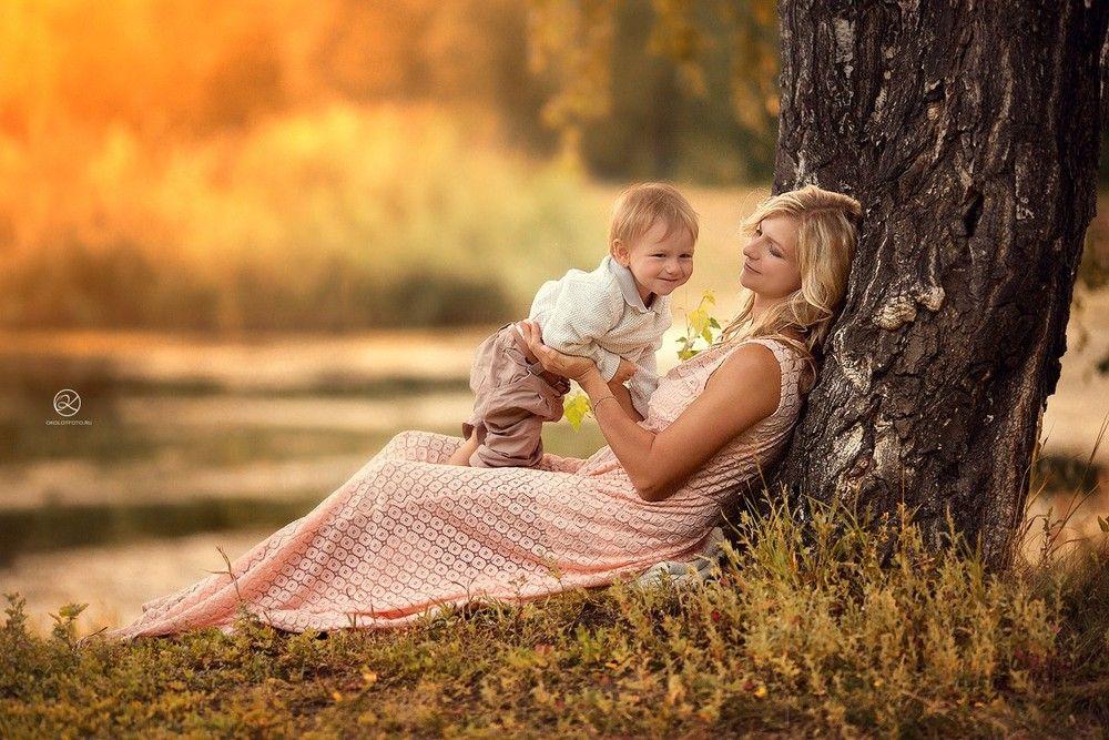 Осенняя семейная фотосессия на природе - фото идеи (31)