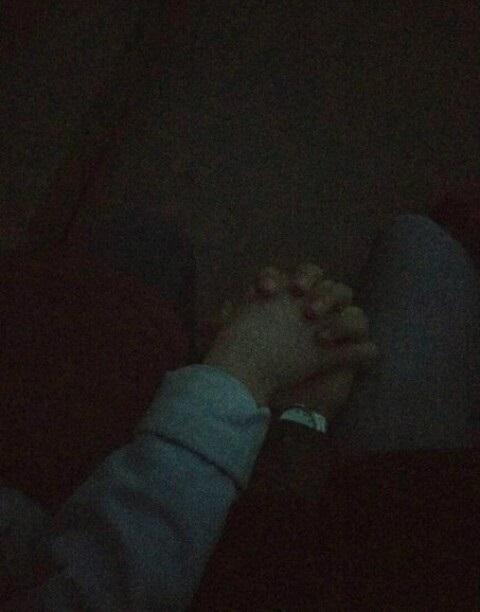 Пары руки в машине фото на аватарку019