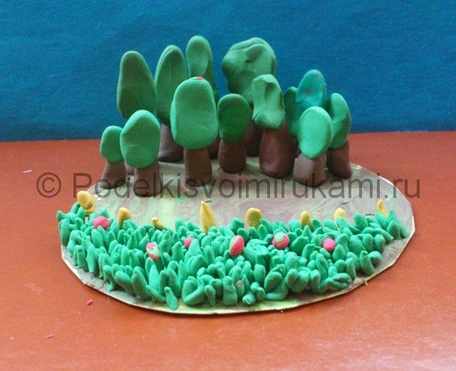 Поделка грибная полянка из пластилина для детей016