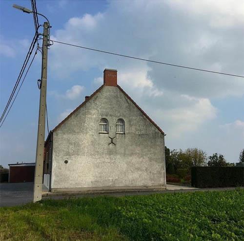 Прикольные картинки смешных домов (3)