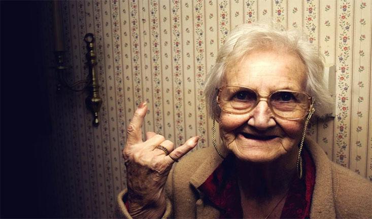 Прикольные картинки смешных старушек (10)