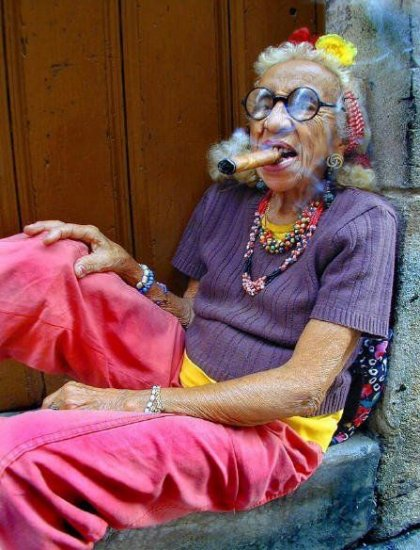 Прикольные картинки смешных старушек (13)