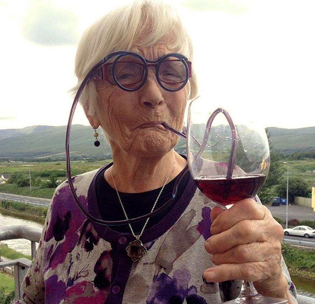 Прикольные картинки смешных старушек (7)
