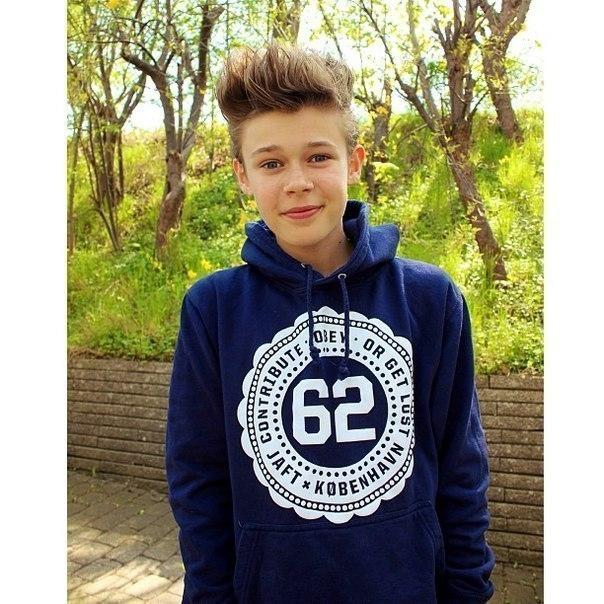 Скачать фото на аву в ВК красивых мальчиков 13 лет (2)