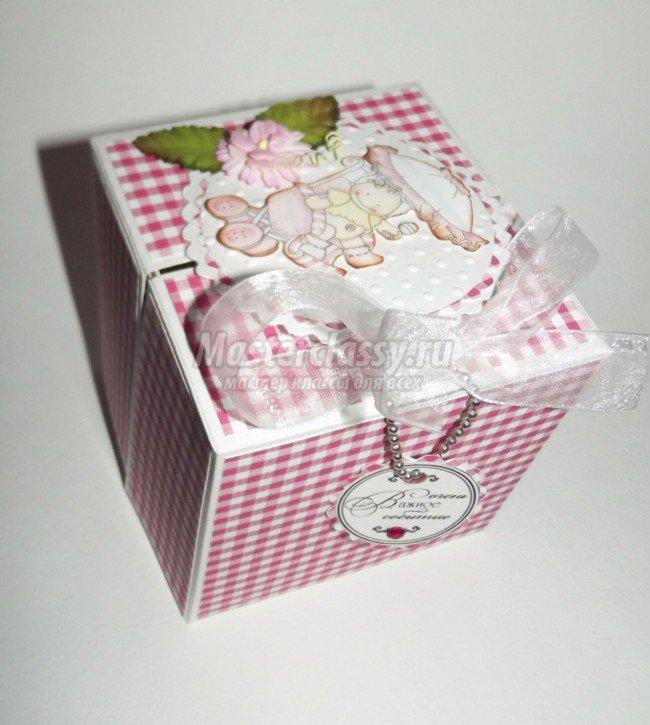 Скрапбукинг коробочка на новый год - фото идеи (1)