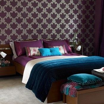 Спальня в сливовом цвете007