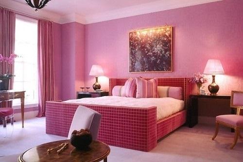 Спальня в сливовом цвете010