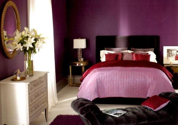 Спальня в сливовом цвете023