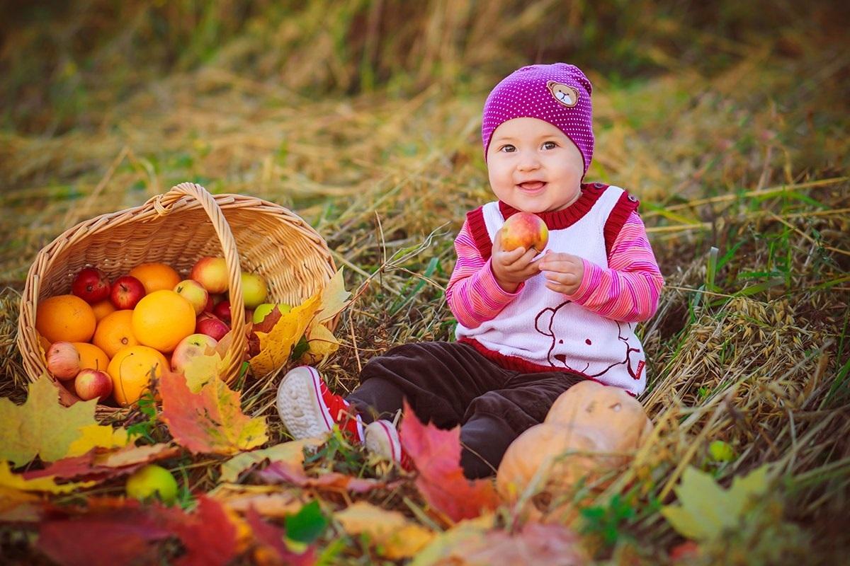 Фотосессия в осеннем лесу идеи с ребенком007