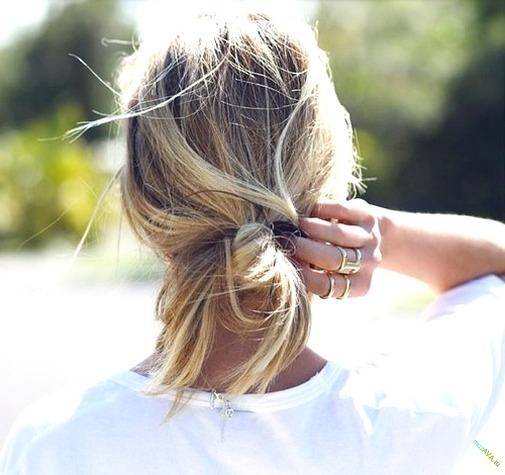 Фото блондинок со спины со средними волосами осенью009